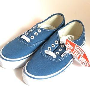 Van's Kids Skate Shoe in Navy Size 12.5